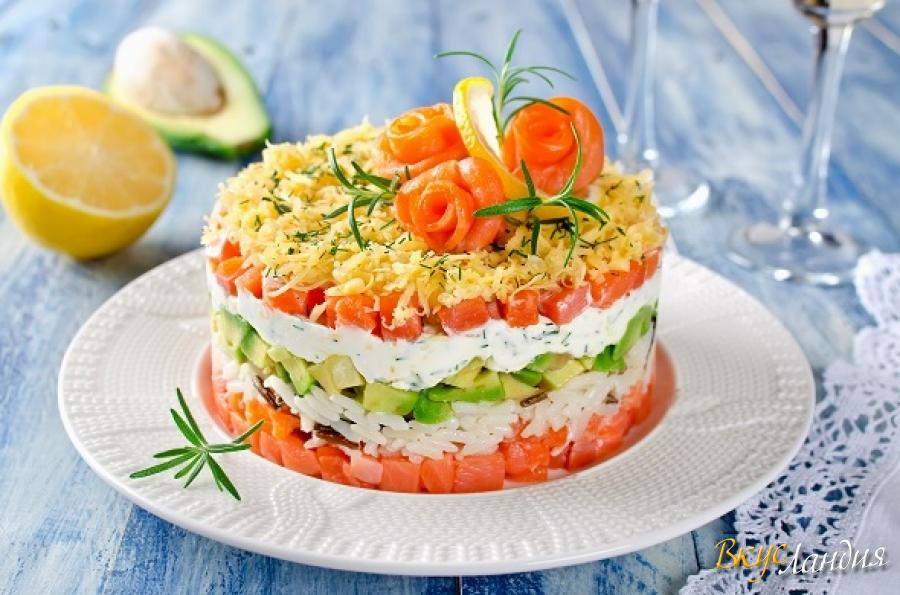 Картинки по запросу Слоеный салат с семгой